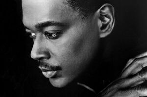 2000rip-luthervandross